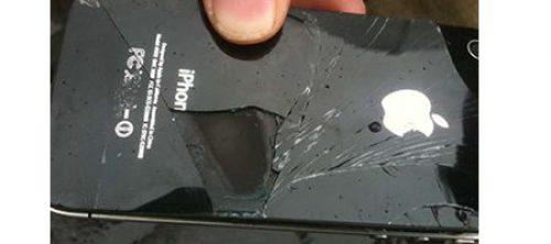 Apple iPhone explodes midflight on Australian airline