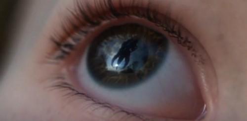 Commander Shepard Takes Earth Back in Mass Effect 3's New Trailer