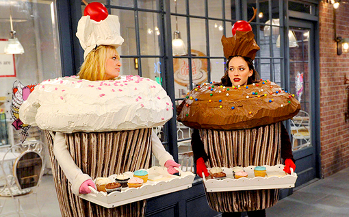2-broke-girls-season-2-screenshot-02