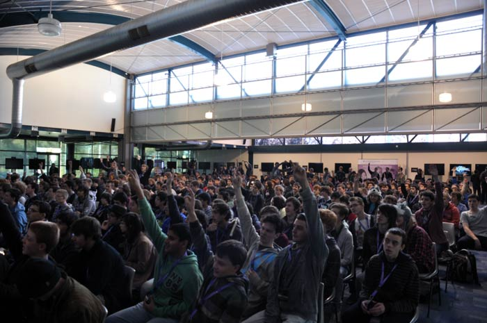 cgbc-crowd-02