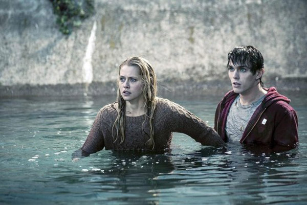 warm-bodies-screenshot-01