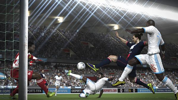 FIFA-14-XboxOne-Gameplay-07