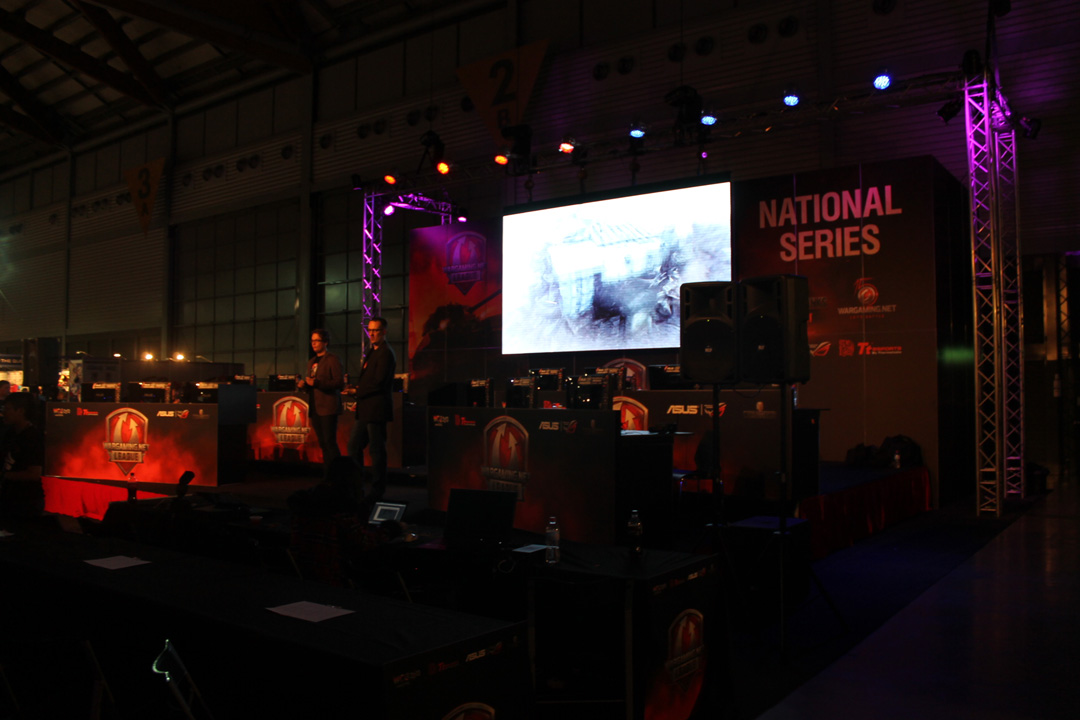 TanksAsia-EB-Expo-2013-02
