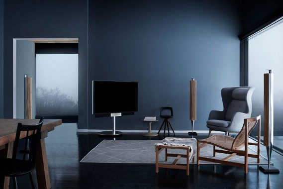 bang-and-olufsen-beovision-avant-promo-shot