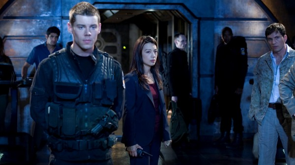 Stargate-Universe-Still-01