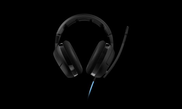 roccat-kave-xtd-stereo-headset-promo-shot-003