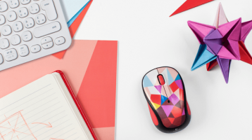 Logitech Unveils its Colourful 2015 Play Collection