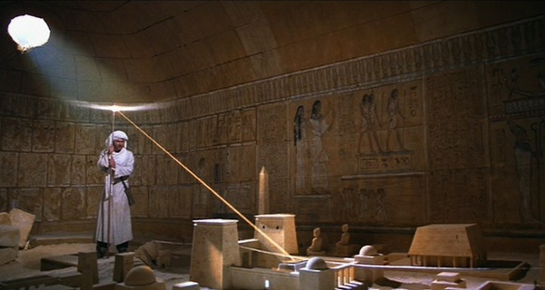 Raiders-of-the-lost-ark-screenshot-02