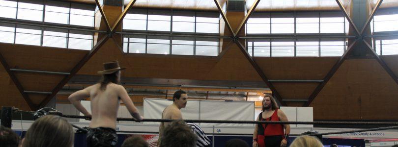 AWF Wrestling lays the smackdown at Supanova Sydney
