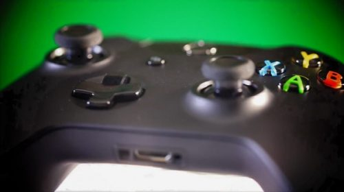 Xbox One controller highlighted in latest video