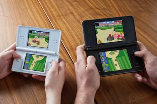Nintendo DS sells Three Million Units